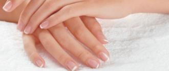 очему облазит кожа на пальцах рук