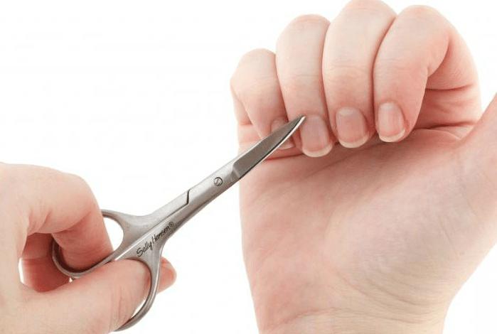 как стричь ногти на правой руке
