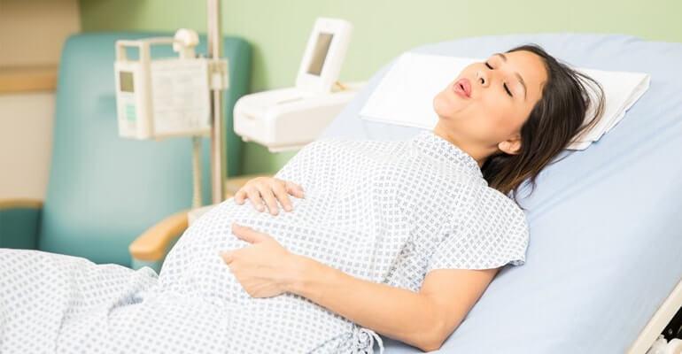 как нужно дышать во время родов