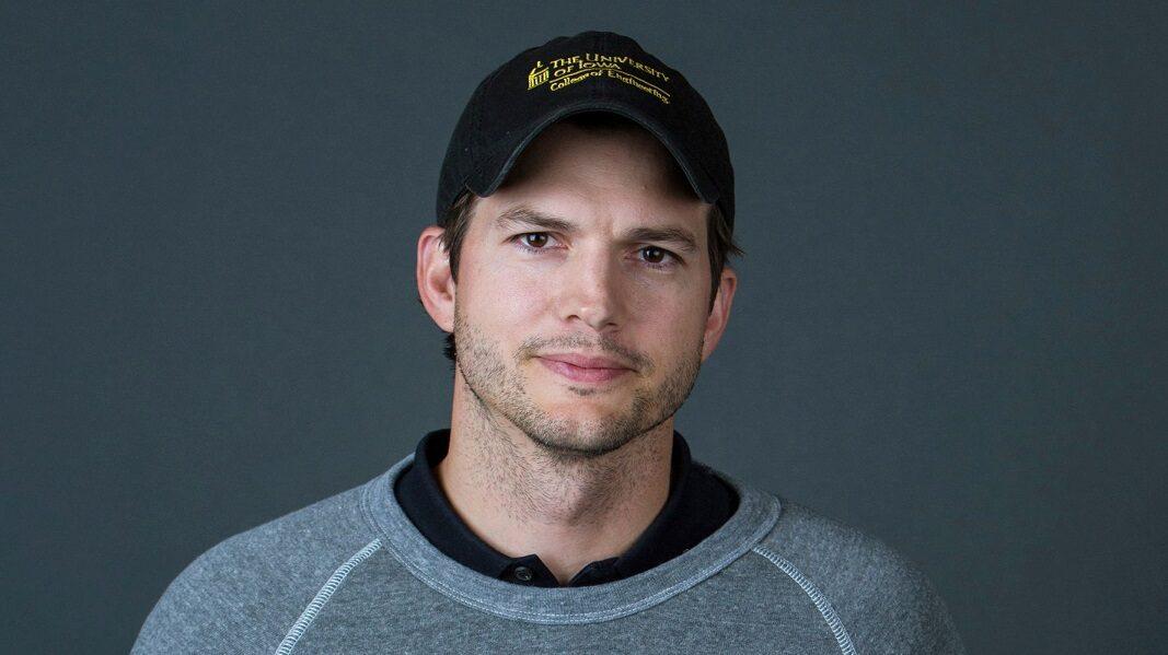 Ashton Kutcher-12