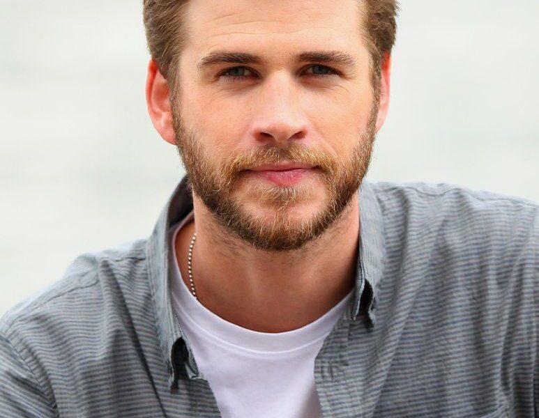 Liam Hemsworth-3